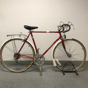 Schwinn Le Tour with rack and fenders